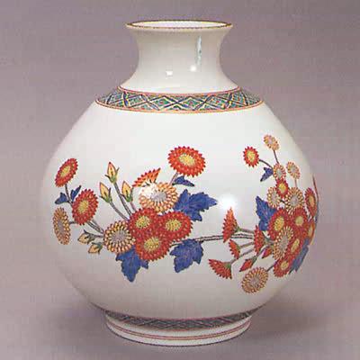 Antique Japanese Kakiemon Porcelain